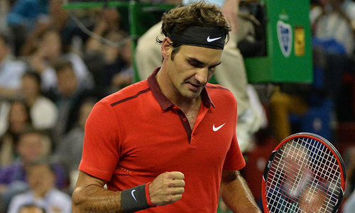 Federer avenges Wimbledon loss, beats Djokovic in Shanghai
