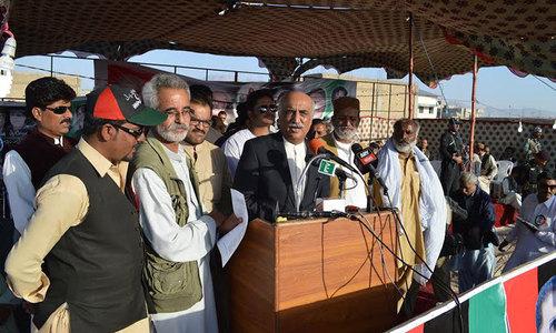 Khursheed Shah advises PM to reduce govt tenure to four years
