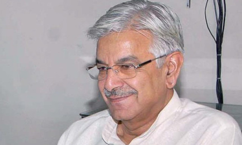 Asif accuses PTI, PAT of serving interests of a 'powerful lobby'