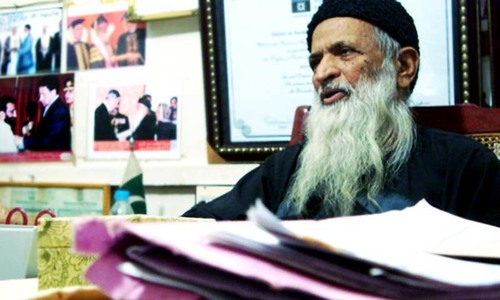 Edhi held hostage, millions looted from center
