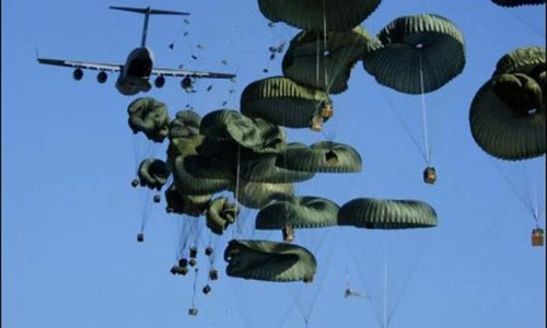 US airdrops weapons for Kurds