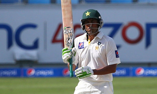 Younis leads Pakistan fightback with 25th century
