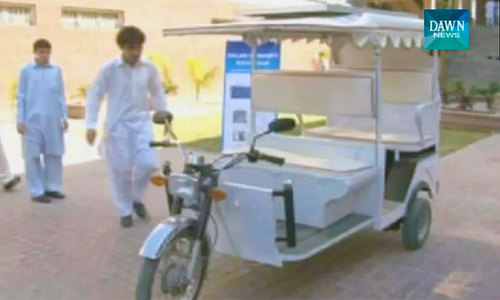 Young Peshawar engineers build solar-powered rickshaw