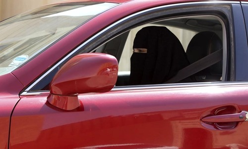 Strict warning for women drivers in Saudi Arabia