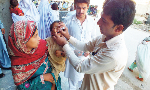 Governor for focused approach to curb polio in KP, Fata