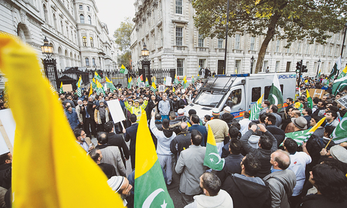 London march backs Kashmiris' struggle