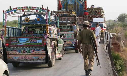 Khyber offensive leaves thousands displaced