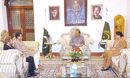 President assures MQM of fast uplift work in Karachi