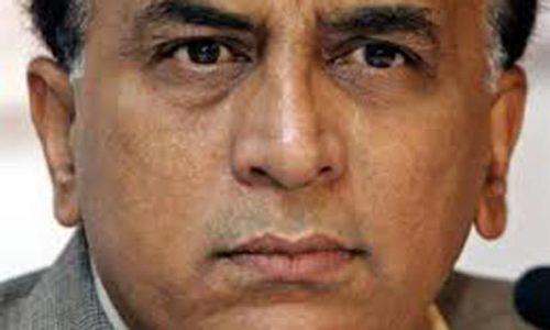 Gavaskar questions Srinavasan's silence over betting row