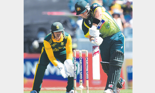 Finch, Smith spearhead Aussies to big win over SA