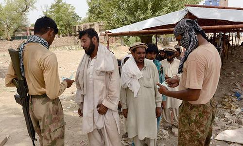 Uniform cash distribution to IDPs ordered