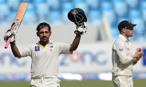 Taylor rescues New Zealand after Sarfraz's ton