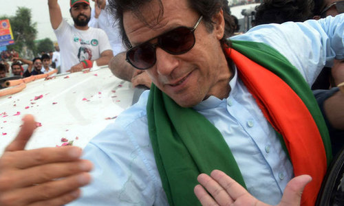 Making inroads in Sindh: Imran reaches Larkana, to address supporters