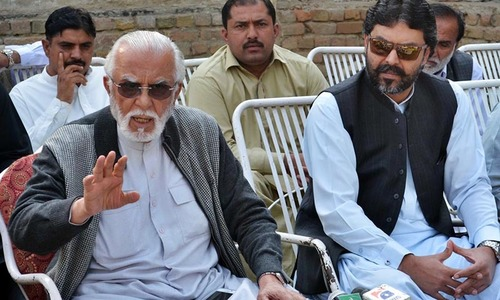 Khosa to initiate 'anti-Sharif' move from Sindh