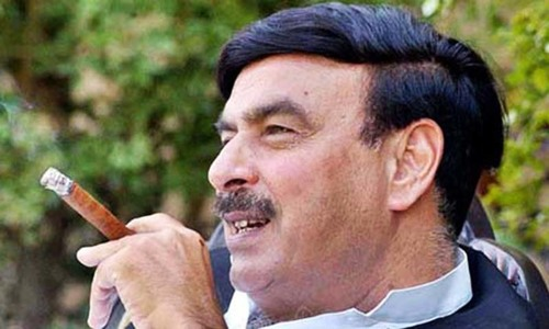 Court orders case against Sheikh Rasheed for 'inciting violence'