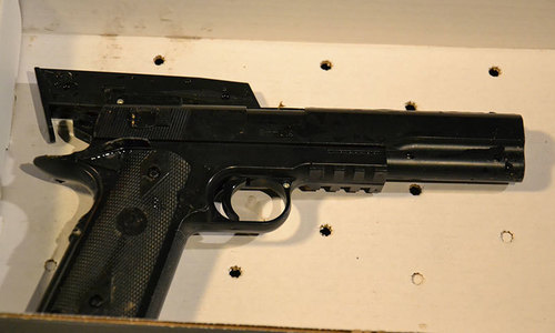 US police shoot dead 12-year-old boy holding toy gun