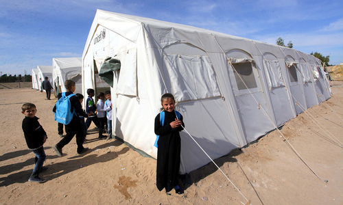 Displaced Iraqis take shelter in Baghdad