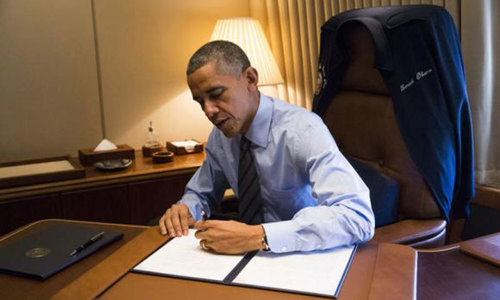 Tech, medical sectors mixed on Obama's immigration changes