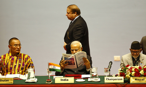 Modi and Sharif meet briefly at Saarc Summit