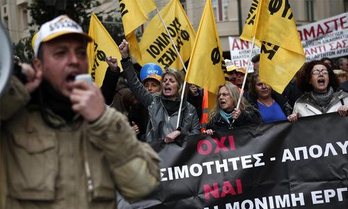 Greeks protest as reform talks stall