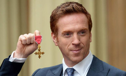 'Homeland' actor Damian Lewis honoured by royal fan