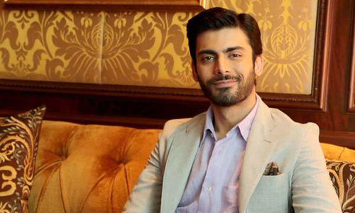 Fawad Khan wins 'Best Bollywood Debut' at Masala Awards 2014