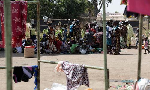 Nigerians flee Boko Haram attacks, flock to relief centres
