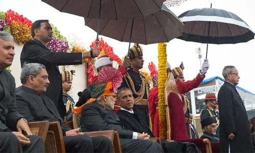 Obama ends day of Indian pageantry with $4 billion pledge