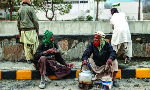 Chai and camaraderie at the construction site