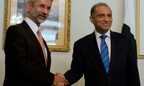 Indo-Pak ties: Political leadership is what's needed, but will it materialise?
