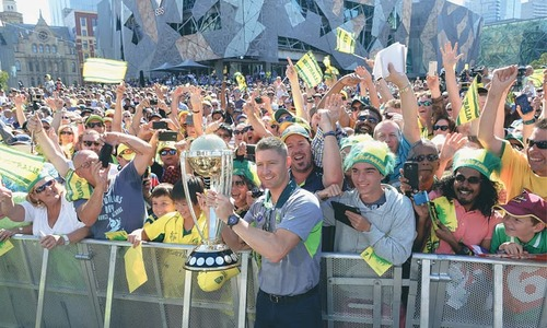 Jubilant Aussies parade Melbourne streets with World Cup
