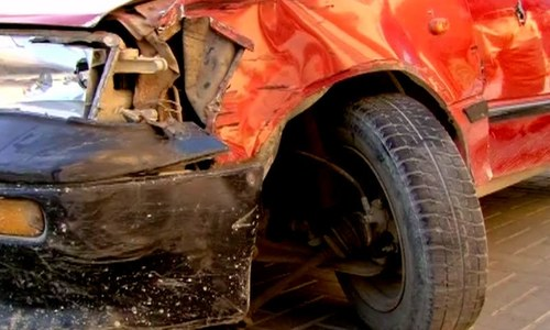 Debra Lobo was attacked by four unidentified gunmen in Karachi ─ DawnNews screengrab