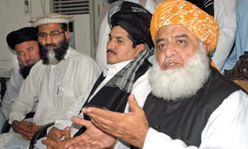 Fazl regrets sluggish repatriation of displaced people
