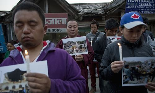 Death toll in Nepal quake rises to more than 3,200