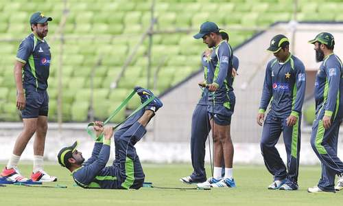 Misbah, Younis' return to bolster struggling Pakistan