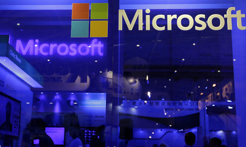 Microsoft makes its case for Windows 10