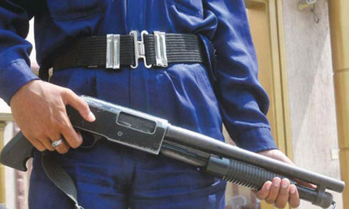 Guard shoots self, dies accidentally at DG Khan school: IG Punjab