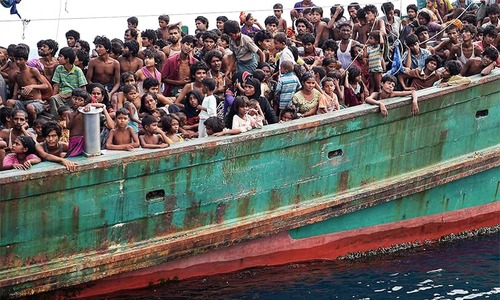 In Asian seas, Rohingya migrants have nowhere to land