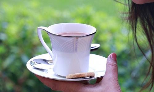 پکوان کہانی: چائے، گرم چائے