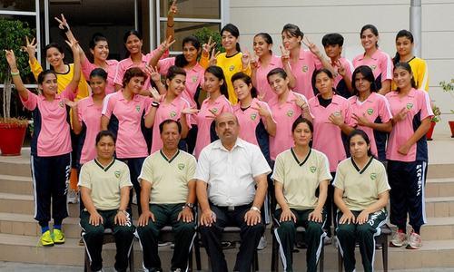 پاکستانی خواتین فٹ بال ٹیم کے چرچے