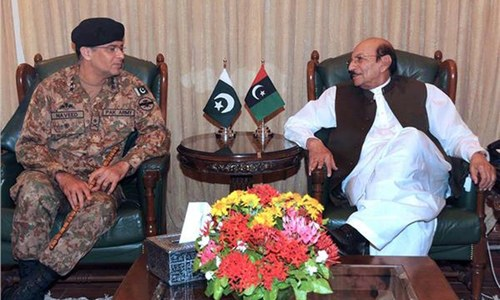 Corps commander reaches out to CM, governor on Karachi operation