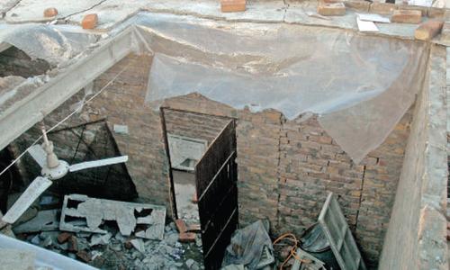 9 children injured in Multan school roof collapse