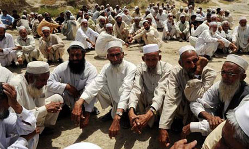 View from the courtroom: Tribesmen approaching PHC as Fata Tribunal non-functional