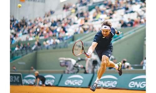 Djokovic, Nadal and Serena ease through as Bouchard crashes