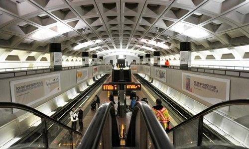 Washington DC officials temporarily suspend transit ads campaign