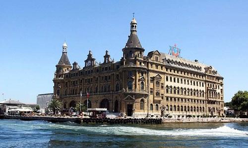 Riding the ferry to Turkey's forgotten paradise