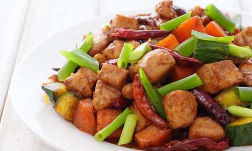 وہ 8 طریقے جو رمضان میں کھانے کے ضیاع سے بچائیں