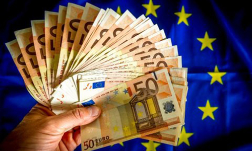 Would Greek exit help or hurt Europe's currency union?