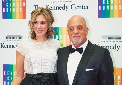 Billy Joel marries longtime girlfriend