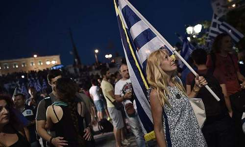 Most Greeks want to stay in European Union